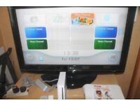nintendo wii and wii fit board with game bundle