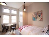 **BILLS INCLUDED !!! AT NEW LUXURY STUDIO APARTMENT IN THE HEART OF CROUCH END **