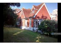 3 bedroom house in Hillbrow Lodge, Eastbourne, BN20 (3 bed)