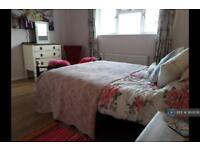 1 bedroom in Cowleymoor Road, Tiverton, EX16