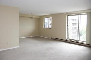 Leamington 3 Bedroom Penthouse Apartment for Rent: Elevator,...