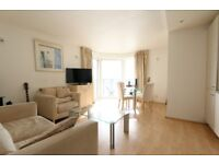 Spectacular 1B with floor to ceiling windows, fully furnished in Seacon Tower, 5 Hutching Street HM4