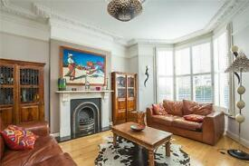 5 bedroom house in Kings Crescent, Finsbury Park, London, N4