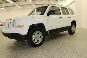 2015 Jeep Patriot Sport/North - Leather, low kms