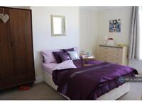 1 bedroom in Pentyre Terrace, Plymouth, PL4