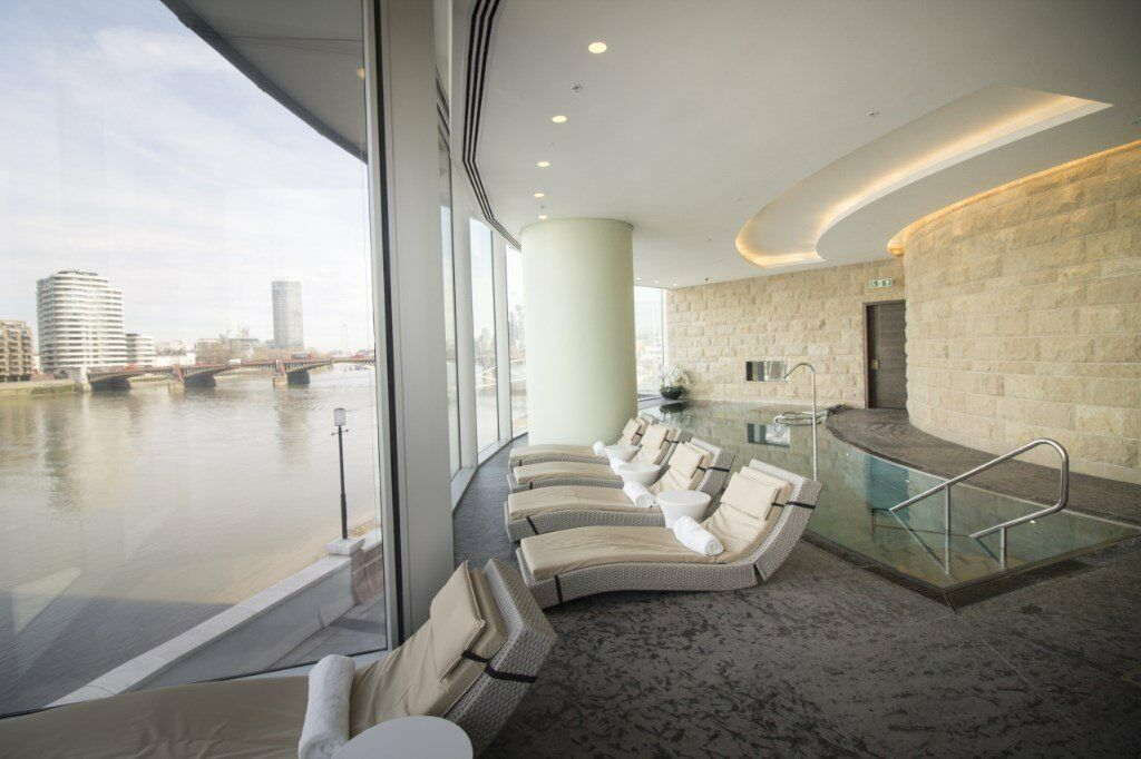 3 BED 2 BATH APARTMENT IN ONE THE TOWER, ST GEORGES WHARF, VAUXHALL SW8 SE11! DESIGNER FURNISHED
