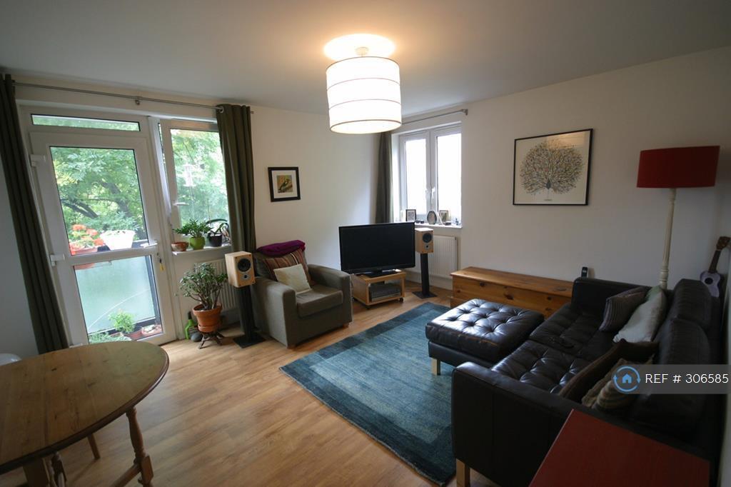 1 bedroom flat in Comber Grove, London, SE5 (1 bed)