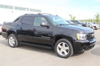 2010 Chevrolet Avalanche 1500 LT|Back Up Camera| Sunroof| Remote