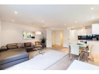 1 bedroom flat in Piazza Residences, 14 Bull Inn Court, Covent Garden WC2R