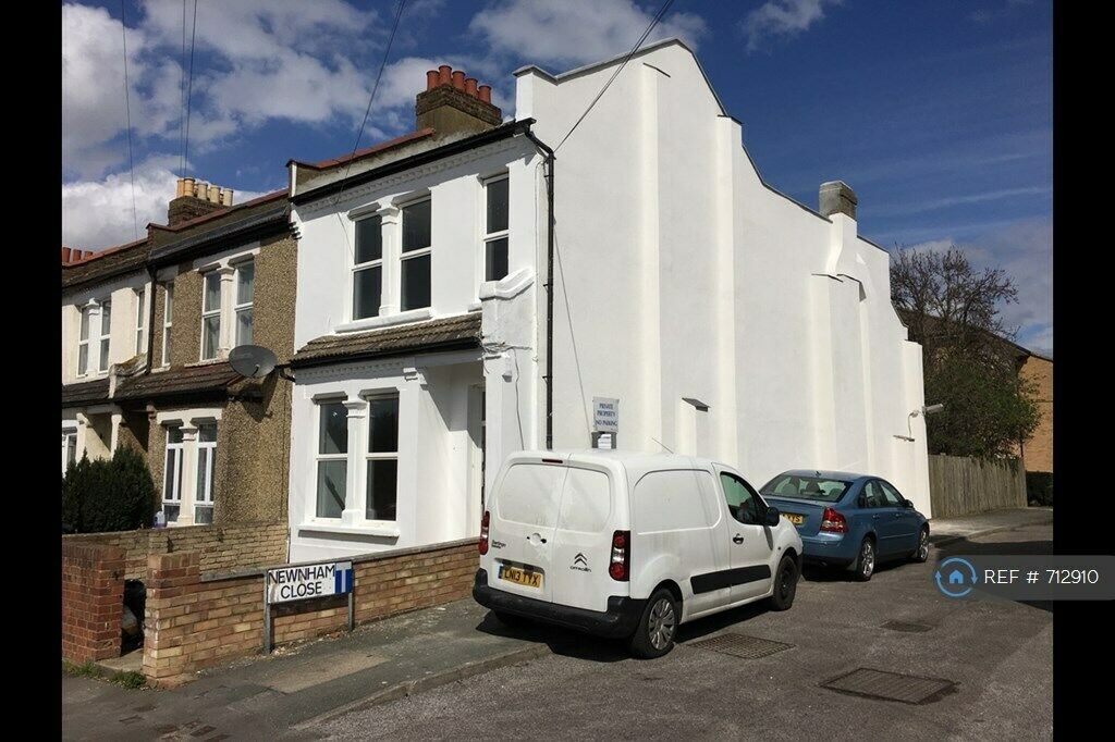 1 Bedroom In Bensham Grove Thornton Heath Cr7 712910