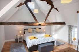 Theoc Cottage, Central Tewkesbury, Sleeps 2-3, Fully furnished and equipped.