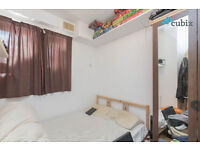 Large 4 bed flat with no lounge right next to London Bridge Station in SE1 zone 1.