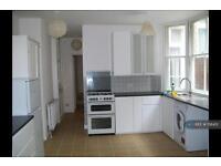 2 bedroom flat in Haringey, Haringey, London, N8 (2 bed)