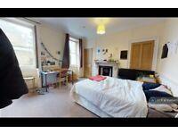 3 bedroom flat in Trafalgar Avenue, London, SE15 (3 bed) (#1046407)