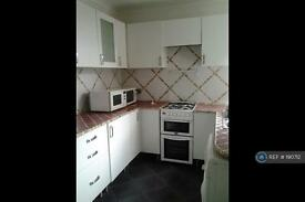 2 bedroom house in Cobden Street, Manchester, M9 (2 bed)