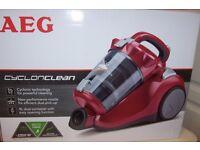 AEG cyclonclean vacuum cleaner new.