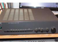 NAD 320 Amplifier