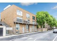 3 bedroom flat in Royal College Street, Camden NW1