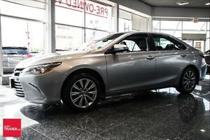 2015 Toyota Camry XLE 4 CYL. LEATHER, NAV, MOONROOF, REAR CAMERA