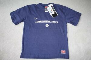 BRAND NEW - TORONTO MAPLE LEAFS T-SHIRT (NIKE) - SIZE 5