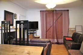 Rooms June to end August.Leith-Great nightlife/20 minute walk to city centre. Wooden floors,shutters