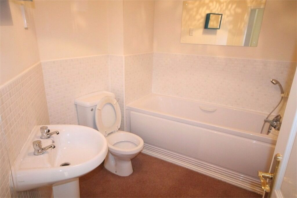 ** 3 BED HOUSE BROMLEY DO NOT MISS**