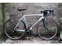 BIANCHI C2C NIRONE 7, racer racing road bike, 21.5 inch, 16 speed, Campagnolo, Carbon forks