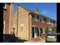 3 bedroom house in Fullerton Road, Byfleet, West Byfleet, KT14 (3 bed)