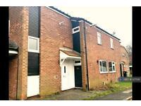 4 bedroom house in Benson Walk, Cheshire , SK9 (4 bed)
