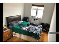 1 bedroom in Camden Road, London, N7