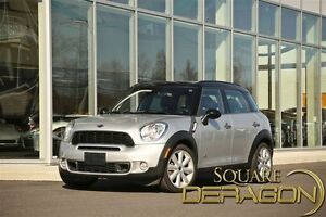 2012 MINI Cooper S Countryman Base (M6)
