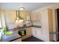 2 bedroom house in Heaton Road, Bolton, BL6 (2 bed)