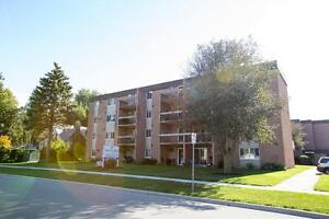 CHATHAM - Looks and Feels Like a Condo London Ontario image 2