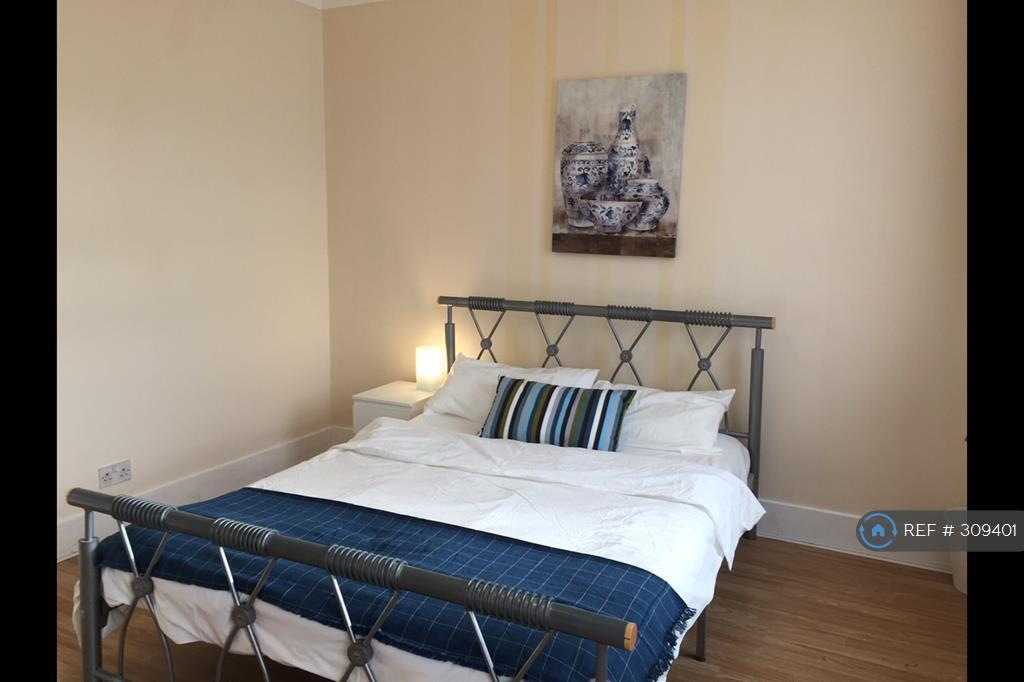 1 bedroom in Meads Lane, Ilford, IG3