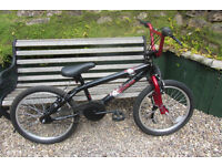 Bikes Apollo Vendetta bmx (excellent condition)