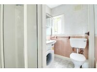 **ARE YOU READY FOR SUMMER? - 3 BED TO RENT - CROUCH END - LARGE ROOMS - CALL TO BOOK**