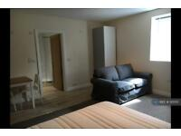 Studio flat in Palma Court, Ross-On-Wye, HR9