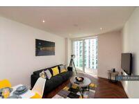 1 bedroom flat in The Light Box, Media City Uk, Salford, M50 (1 bed) (#920444)