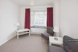 3 bedroom house in Adelaide Road, Southampton, SO17 (3 bed) (#1078582)