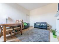 3 bedroom flat in Glenthorn Road, Jesmond, Newcastle Upon Tyne, NE2