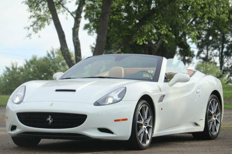 Image 1 Voiture Européenne d'occasion Ferrari California 2012