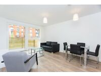 A Luxurious 1B Apartment and designer furnished flat in GREENLAND PLACE, NYLAND COURT, SURREY QUAYS