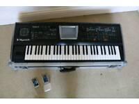 Roland V-synth V2.0 inc. VC-1 (D-50) and VC-1 (Vocal Designer) Cards/flight case