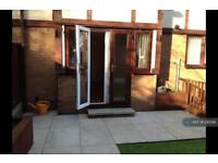 2 bedroom house in Walter Grove, St. Helens, WA9 (2 bed)