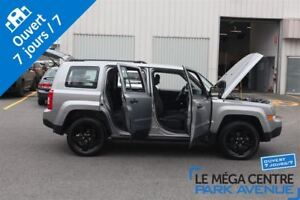 2015 Jeep Patriot North avec Altitude Package, AWD**RESERVÉ**