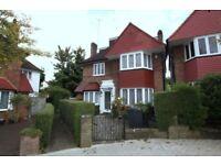 5 bedroom house in Gloucester Gardens, Golders Green, NW11