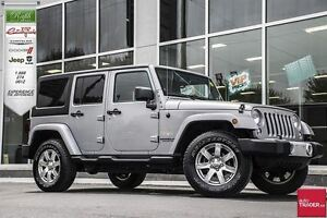 2014 Jeep WRANGLER UNLIMITED Sahara *4X4, AUTO & DUAL TOPS*