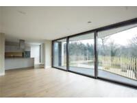 2 bedroom flat in Bishops Wood Court, 29-31 Aylmer Road, N2