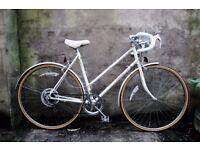 RALEIGH SOLO, 21 inch, vintage ladies womens racer racing road bike, 5 speed