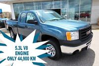 2011 GMC Sierra 1500 WT EXTENDED CAB 4WD - ONLY 44, 900KM!!